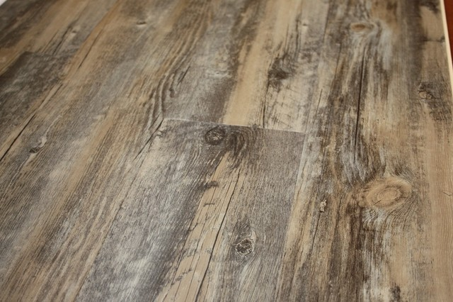 barn-wood-laminate-flooring-rustic-flooring-MFDinf-1